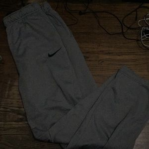Pants - Nike grey sweatpants